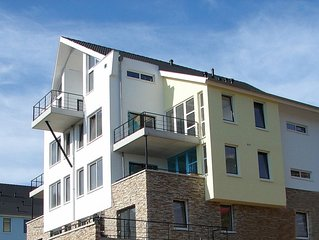 Komfort 6-Personen-Penthouse im Ferienpark Landal Eifeler Tor - in einer Hügella