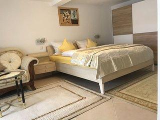 Stilvoll eingerichtete Bodensee Pension in Überlingen, Familienzimmer 6