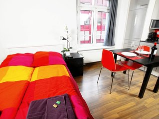 ZH Cranberry l - Oerlikon HITrental Apartment