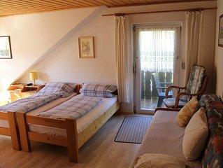 Gemutliche Ferienwohnung in ruhiger Waldrandlage mit eigenem Balkon