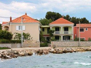 Two bedroom apartment near beach Pašman (A-685-a)