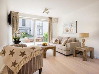 Moderne und sehr hochwertig eingerichtete 3-Zimmer-EG-Ferienwohnung im Zentrum v