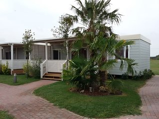 Ferienhaus - 6 Personen*, 35m² Wohnfläche, 3 Schlafzimmer, Garten, Internetzuga