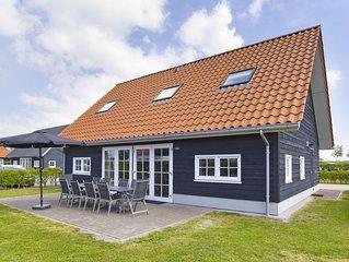 Komfort 12-Personen-Bauernhaus im Ferienpark Landal Strand Resort Nieuwvliet-Bad