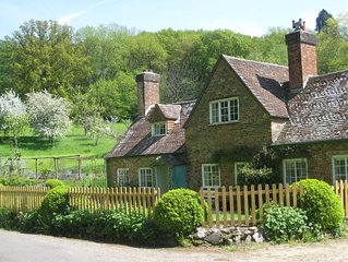Beautiful cottage in countryside near Longleat