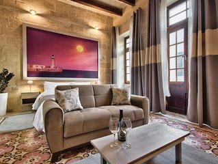 Qadim 3 apartment in Malta with WiFi, air conditioning & roof terrace.