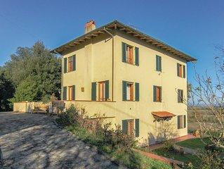 3 Zimmer Unterkunft in Castelvecchio di Comp.