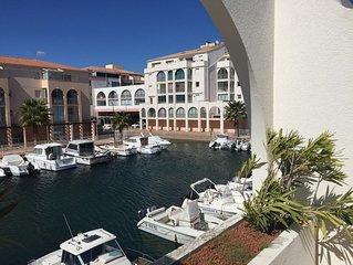 Appartement T2 - Gde terrasse - Vue Marina - WiFi - 100m des plages et commerces