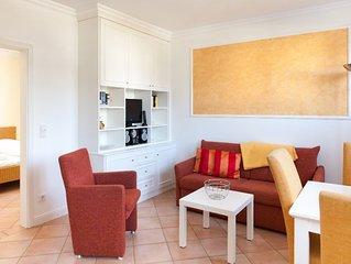 Das 2-Zimmer-Appartement befindet sich im Erdgeschoss des Hauses in strandnaher