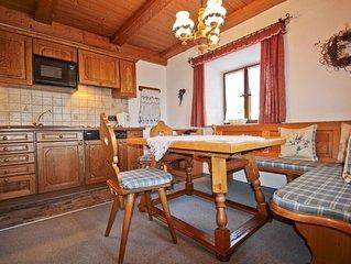 Ferienwohnung 'Blumenwiese' (88 qm), Terrasse, Küche extra, 1 Schlaf- und 1 Wohn