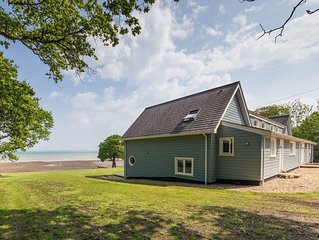 6 bedroom accommodation in Fishbourne