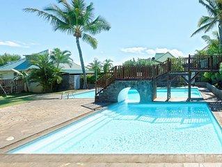 À 200 m à pieds de la plage La Saline-les-bains, villa Le Manguier, piscine comm