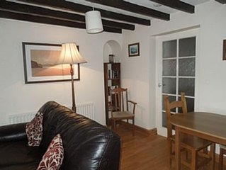 Mid Terraced Cottage With Large Enclosed Garden