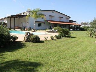 Cottage con piscina a 5km dalle dune di Sabaudia...................