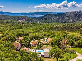 Luxury Villa Paula with pool