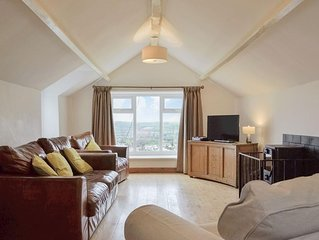 4 bedroom accommodation in Monmouth