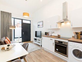 1 bed-Superior-Apartment-Private Bathroom-Street View
