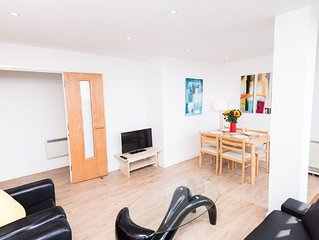 Two bed flat in Brixton with Panoramic View!