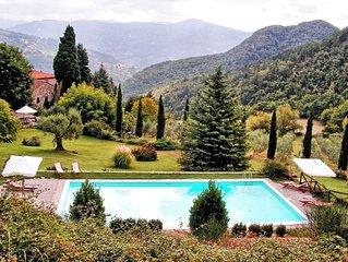 Villa in Acone with 3 bedrooms sleeps 6
