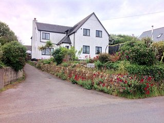 Spacious 5 bedroom family home with sea views