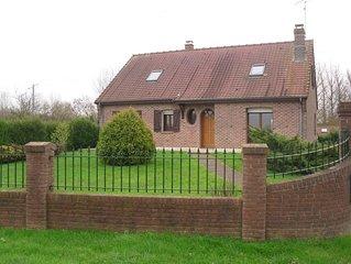 Senlis, dans la campagne au coeur du Ternois proche d'Azincourt: maison 4 person