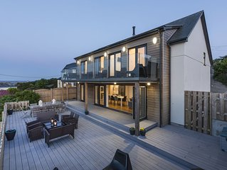 Luxury 5 Bedroom House in St Ives - Hot tub, parking, WIFI, Stunning views