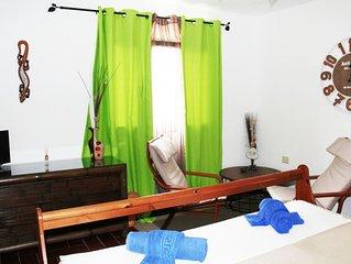 Ampia camera matrimoniale con bagno