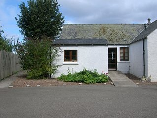 Osprey Cottage - situated in a convenient but peaceful location