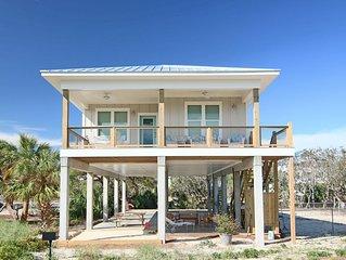 New to VRBO! Brand new home, W Gulf Beaches 3/2 pet friendly, Free Beach Gear! '