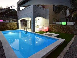 Alpha Delta Pool Suite