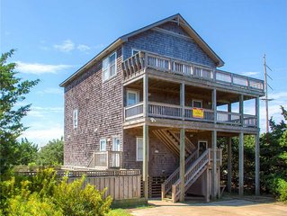 Kid & Dog Friendly! Oceanview, Salvo w/ Pool, Hot Tub, Game Room, Wet Bar & More