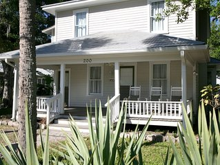 NSB Downtown A- 'Feeling Good'-Beautiful 2 bed/2 bath apt located in the histori
