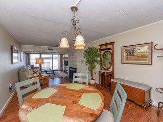 102B- one bedroom lakefront condo w/ fireplace & free WiFi!