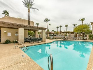 *SANITIZED* Summer SPECIAL Fountain Sanctuary Modern 2 BR Condo/ COM Pool/ Fount