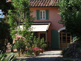 Yorkie Cottage a Lucca nel parco di una dimora storica