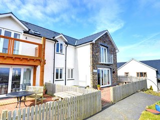 Bryn Olwg - Four Bedroom House, Sleeps 8