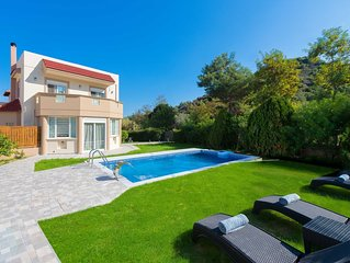 Villa EvMar with private pool
