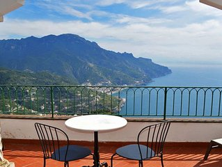 PALAZZO RAVELLESE - HOLIDAY APARTMENT - RAVELLO - AMALFI COAST