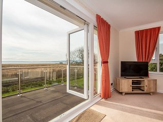 3-Bedroom House in Dornoch with fantastic views of the Dornoch Firth