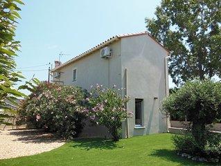 belle maison indépendante en pleine campagne, mer à 3km avec jardin et parking