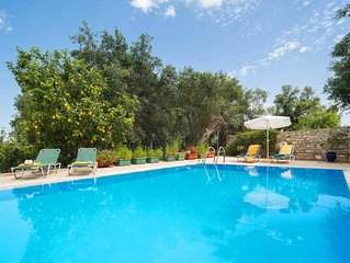 3 bed 2 bath villa w/private pool, free A/C, BBQ, quiet and peaceful, free Wi-Fi