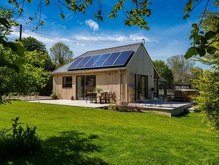 Sunnybrook - Carbon Neutral House with new Premium Wood Fired Hot Tub (Shaldon)