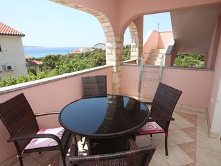 One bedroom apartment with terrace and sea view Mandre (Pag) (A-6507-b)