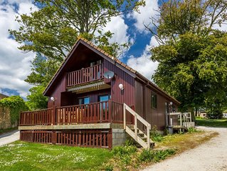 E28 - The Beech Hut Lodge, Situated in Portscatho, Cornwall