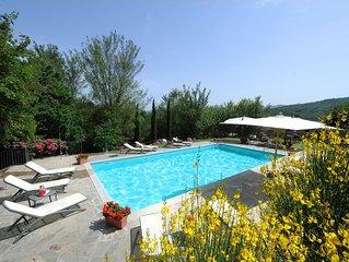 Villa in Anghiari with 7 bedrooms sleeps 15