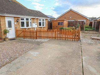 Bumble Bee Cottage, SKEGNESS