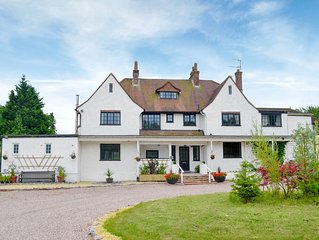 7 bedroom accommodation in Whimple, near Exeter