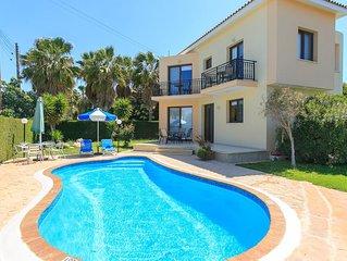Villa Fostira: Large Private Pool, Walk to Beach, A/C, WiFi, Eco-Friendly