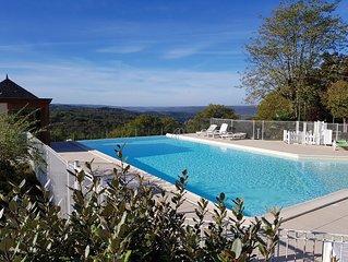 Cottage 4/6 personnes dans un village vacances *** à Montignac Lascaux.