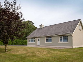 Mai's View Cottage, Carrig-on-Bannow, South Wexford - Sleeps 7